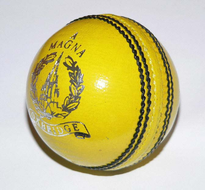Oxbridge Magna yellow ball